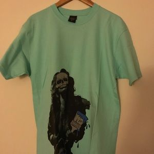 BRAND NEW Growing pains graphic tee size L